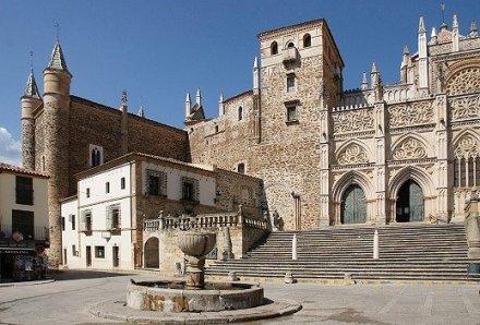 Das-Real-Monasterio-de-Nuestra-Senora-de-Guadalupe
