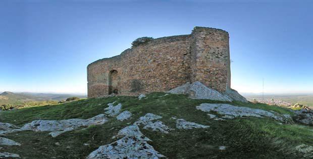 patronato_turismo_diputacion_badajoz_recursos_turisticos_castillo_de_herrera_del_duque_2