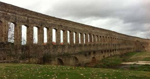 Acueducto de San lazaro merida
