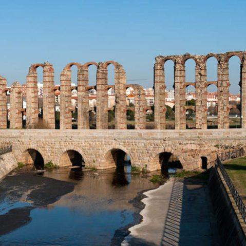 puente romano sobre el albarregas