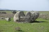 9.-Original-roca-con-cazoletas-en-La-Zafrilla-1024x682
