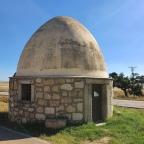 Chozo restaurado en las afueras de Sierra de Fuentes